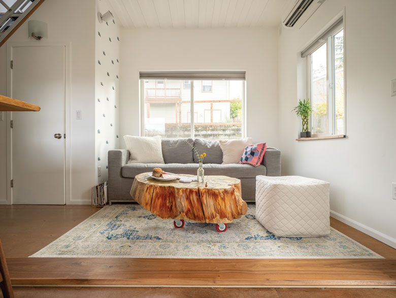 20200618_Seattle_Container_Home_Living_Room